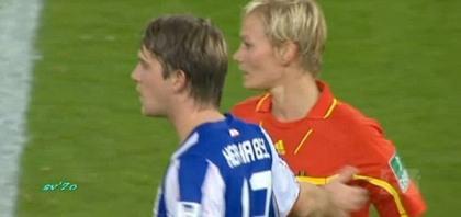 soccer-german-hertha-berlin-boob-breast-grab-fnord_600x283