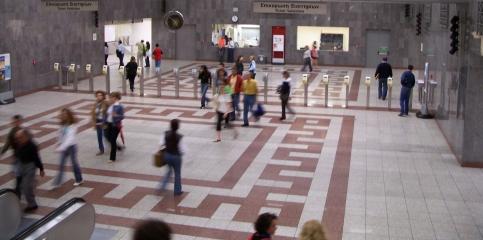 Athens_Metro_Syntagma_Station_3[1]
